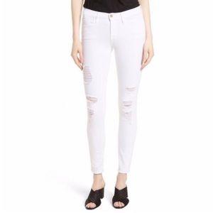 • HP • Frame Le Skinny De Jeanne' Distressed Jeans